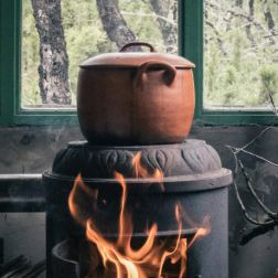 Kochtopf auf Feuer