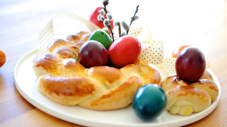 Osterkranz mit Eiern