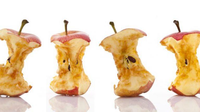 Vier Apfelputzen