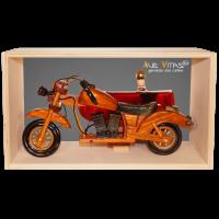Beiwagenmaschine aus Holz mit Bio-Pflaumenlikör 21%vol.
