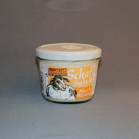 Gerührtes, mildes Pfirsich-Maracuja-Joghurt aus 100% Bio-Schafmilch