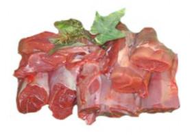 Rotwildfleisch für Gulasch