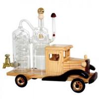 Oldtimer mit Destille