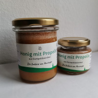Honig mit Propolis