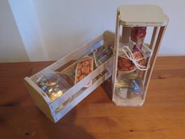 Box mit versiegelter Marillenbrand-Geschenkflasche