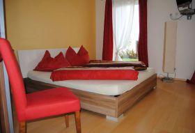 Zimmer 2 (1 Nacht)