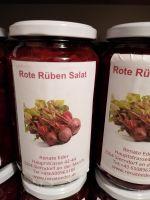 Rote Rübensalat mit Zwiebeln
