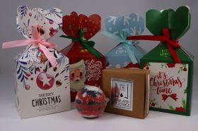 Weihnachtsgeschenkbox mit 1 Seife und 1 Badebombe nach Wahl