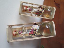 Box mit versiegelter Williamsbirnenbrand- Geschenkflasche
