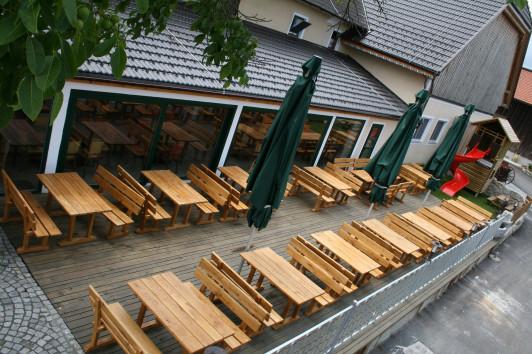 Gastgarten in ruhiger Lage mit Blick auf Braunau