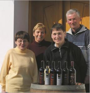 Die Familie mit den Weinen