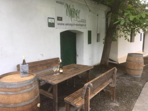 Kellergasse Thal, genießen wo der Wein wächst