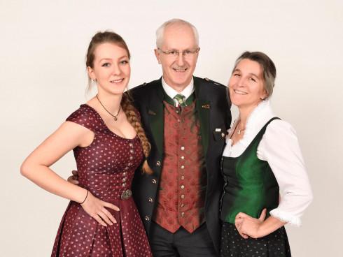 Elisabeth, Monika und Hans Deutsch
