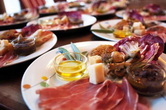 traditionelle und kreative Landhausküche