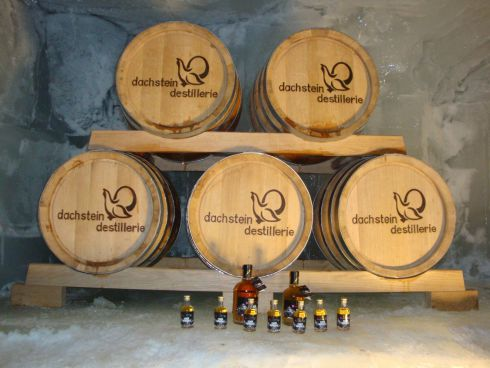 Rock Whisky eingelagert im Eispalast am Dachstein.