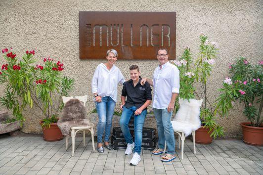 Marion + Mario + Nico Müllner