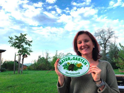 """Unser Garten wurde mit der """"Natur im Garten""""-Plake..."""