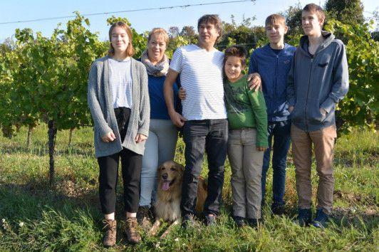 Familie Czerny im Weelfel-Weingarten