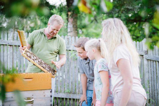 """""""Honig aus dem eigenem Garten"""""""