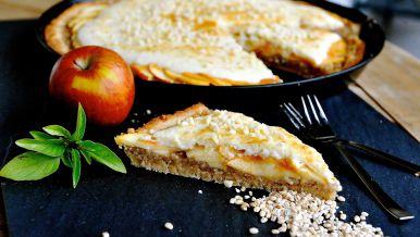 Gerstenkuchen mit Apfel