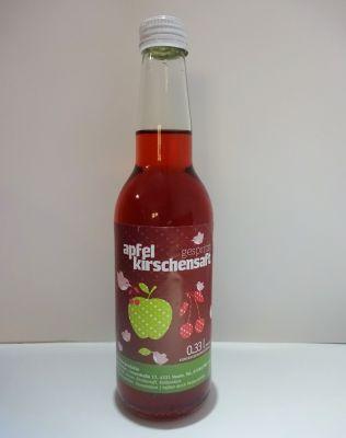 Apfel-Weichselsaft gespritzt