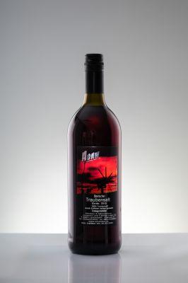 Traubensaft  aus vollreifen roten Zweigelt Trauben.
